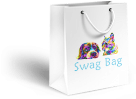 Dog a cat on the side of a swag bag